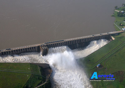 Aerial photo of Vaal River floods - Vaal Dam wall, 08Jan2011